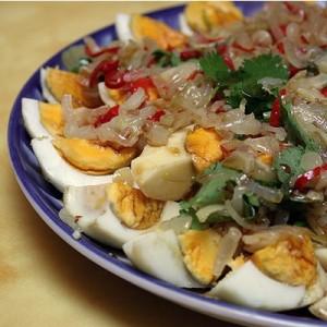 Cалат из яиц по-тайски