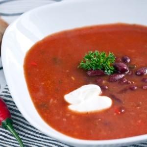 Томатно-фасолевый острый суп