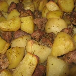 Свинина в духовке запеченная с картофелем